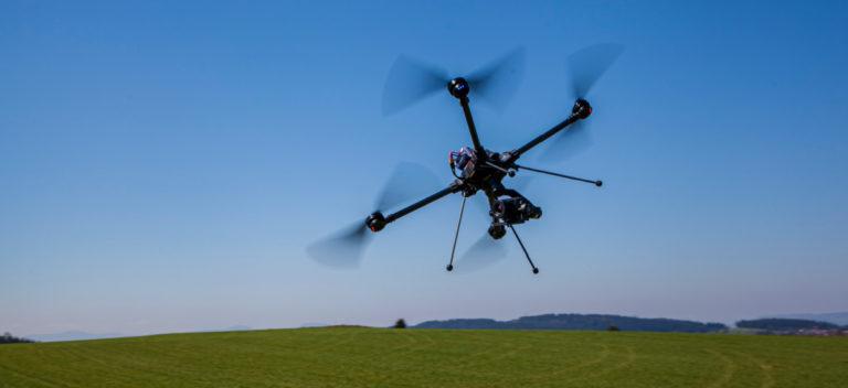 Hexadrone présente son premier drone série le Tundra